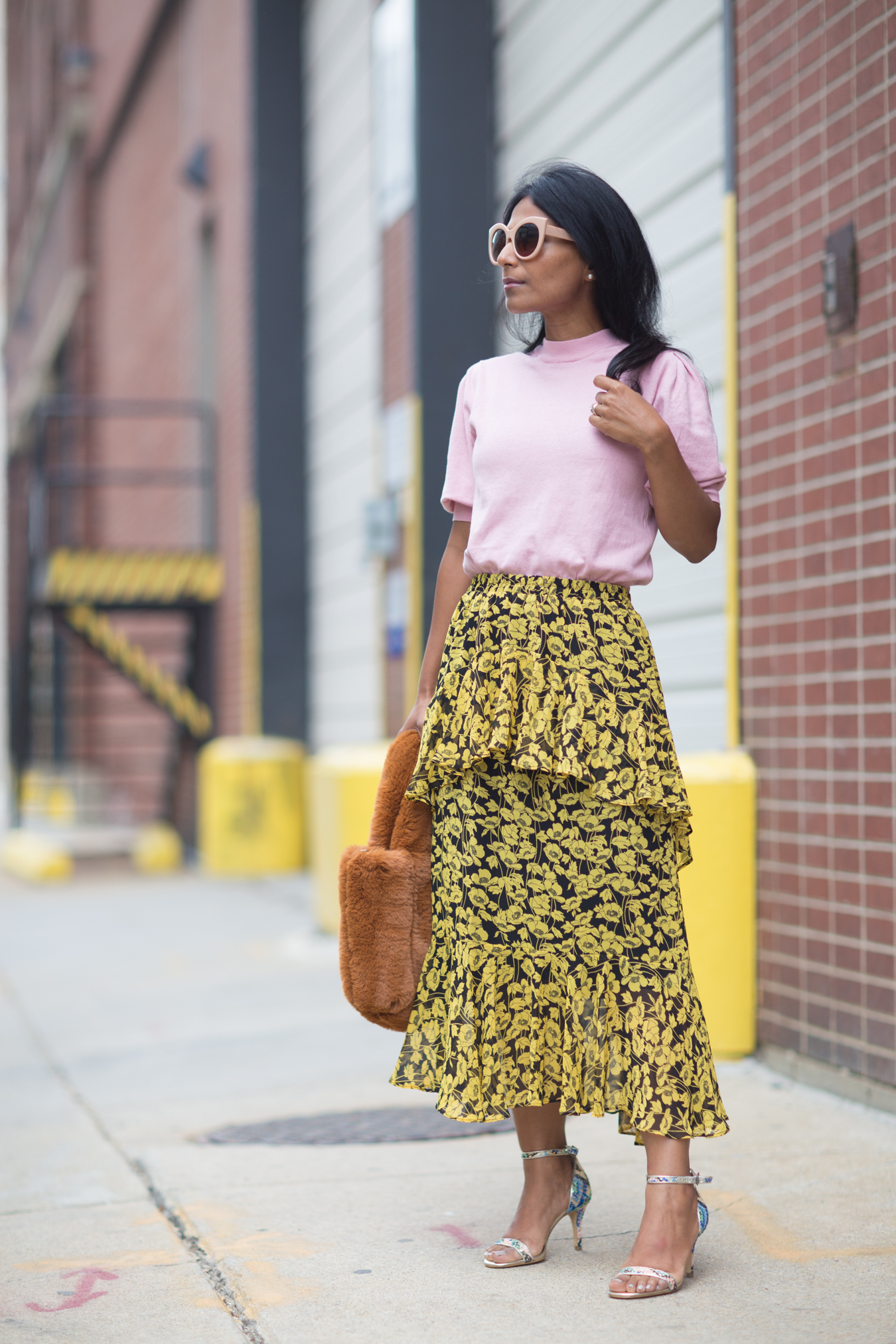 6 MIDI SKIRTS THAT ARE PERFECT FOR FALL | Petite Style Studio